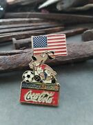 Authentic Fifa World Cup Usa 1994 Pin Sponsor Coca Cola American Flag Soccer