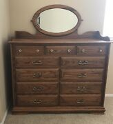 Vintage 5 Pc Solid Oak Queen Bedroom Set .etched Glass Mirror - See Pics