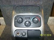 02 2002 03 2003 Jeep Liberty Climate Temperature Heater Control With Trim Bezel