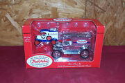True Value 2000 Ertl Diecast Toy Truck Bank 143 125 Scale 1913 Ford Model T