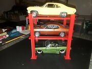 124 125 Scale 4 Post 3 Model Car Lift For Garage Diorama Or Show Case