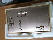 Furnace Or Wall Thermostat W/ Heat Participator Heater American Standard St 602