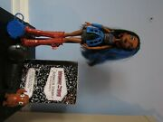 Robecca Steam/signature Wave 4/monster High Doll With Diarypetstandbagbrush