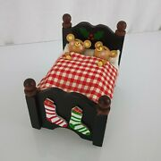 Musical Wind Up Wood 2 Two Teddy Bear Mouse In Bed Santa Claus Is Coming To Town