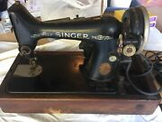 Vintage Singer Sewing Machine With Foot Peddle Ab672150 Antique Collectable
