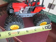 New-ray Mfg Red Farm Tractor Die-cast With 4 Huge Wide Wheels Toy 5.5x4x4 Tall