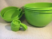 Tupperware 4 Thatsa Bowls 423212 And6 Cups Green + 6 Measuring Spoons New