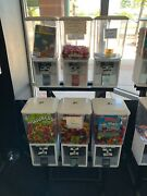 Commercial Candy And Toy Vending Machines White 6 Tier, 25 And 50 Cent Mechanisms
