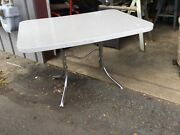 Vintage Retro Mid Century Deco Formica Dining Kitchen Table Chrome Barn