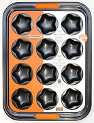 New Le Creuset Bakeware Toughened Non-stick 12 Cup Star Shaped Baking Tray