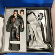 Terminator 2 T-800 Battle Damage Ver. 1/6 Scale Hot Toys Dx13 Figure From Japan