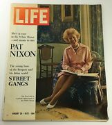 Vtg Life Magazine August 25 1972 Pat Nixon Cover And Feature, Newsstand