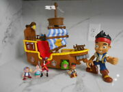 Disney Jake And The Neverland Pirates Large Ship With Lot Of Figures I.d.ar-555