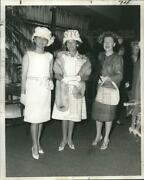 1962 Press Photo Farewell Tea In Honor Of Mrs. Paul Nagle Gray At Officers Club