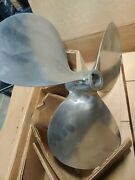 Federal 20x13r Bore 1-1/2 Equi-poise Ss Stainless Steel Propeller