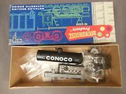 Ho Scale Roundhouse Kit Conoco 26' Old Timer Tank Car