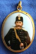 102-antique Miniature Painting Set In 22 K Yellow Gold Pendant