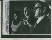 1972 Press Photo Sen. David Gambrell With Sam Nunn And His Wife After Election