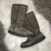 Women's Ugg Classic Tall Brown Boots Size 7