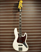 Fender american Ultra Jazz Bass  arctic Pearl ship From Japan 0208