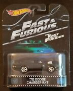 2014 Hot Wheels Collectors The Fast And Furious And03970 Dodge Charger R/t Retro