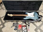 Fender Stratocaster -ice Blue Metallic- Made In Mexico Super Cool