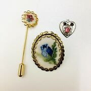 Vintage Pettipoint Cross Stich Needlepoint Jewelry Pin Pendant Fmp
