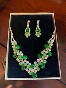 Elegant Green W Lime Green Accents V-shaped Necklace Earrings