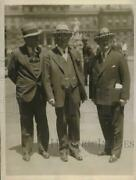 1930 Press Photo Dr. William Doyls With His Attorneys.