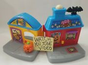 Fisher Price Little People Halloween Trick Or Treat Surprise House Read Below