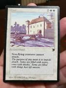 Mtg Moat - Legends English Mp Magic The Gathering See Photos Of Actual Card