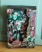 Monster High Honey Swamp Frights Camera Action-hauntlywood Doll New In Box