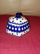Boleslawiec Polish Pottery 6 Sided Bowl With Lid - Blue And White Stars