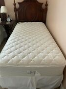 2 Twin Beds 2 Headboards 2 Bed Frames 2 Spring Boxes 2 Serta Mattresses