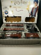 Harry Potter Hogwarts Express Train Set Lionel 7-11960 Battery Operated 37 Pc