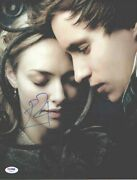 Les Miserables Seyfried And Redmayne Autographed Signed 11x14 Photo Psa/dna Coa