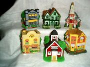 Vtg 6 Christmas Village Houses, 1998, Bakery School House, Church And More Lot 1