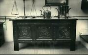 1987 Press Photo Oak Blanket Chest At The Antiques Show And Sale - Mja13330