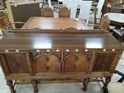 Vintage Oak Wood Dinette Set . Buffet , Chairs , And Table With Pull Out Leafs .