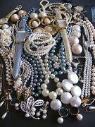 Vntg Costume Jewelry Sarah Coventry Joan Rivers Avon Sets Rings Faux Pearls 55pc
