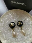Auth Vintage Cc Logo Pearl Drop Clip On Earrings Black/gold Used Fm Japan