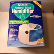 Vicks Natural Mist Humidifier, White And Blue