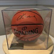 Kobe Bryant Hand Signed Autographed Nba Basketball Coa In Clear Case Collectible