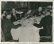 1955 Press Photo Brooks Stevens, Friederich Wilhelm And Others At Party