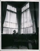 1954 Press Photo Governor Robert B Meyner Of New Jersey At State Capitol Office