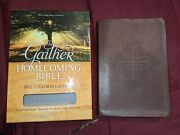 Nkjv Gaither Homecoming Bible Signature Series Leathersoft Brown