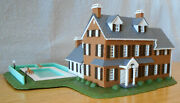 N Scale 2-story Stone House / Mansion W/ Pool Built Aurora 4157 - Free Shipping
