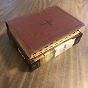 Nkjv Large Print Study Bible Thumb Indexed - 99.99 Retail - Brown Leathertouch