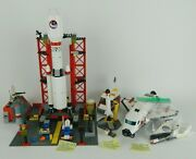 Lego City 3366 Satellite Launch Pad 3367 Space Shuttle 3368 Space Center - Read