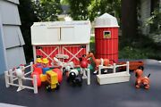 Vtg 1967 Fisher Price Little People Play Family Farm Barn And Silo 915